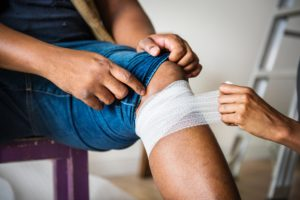 knee injury during accident